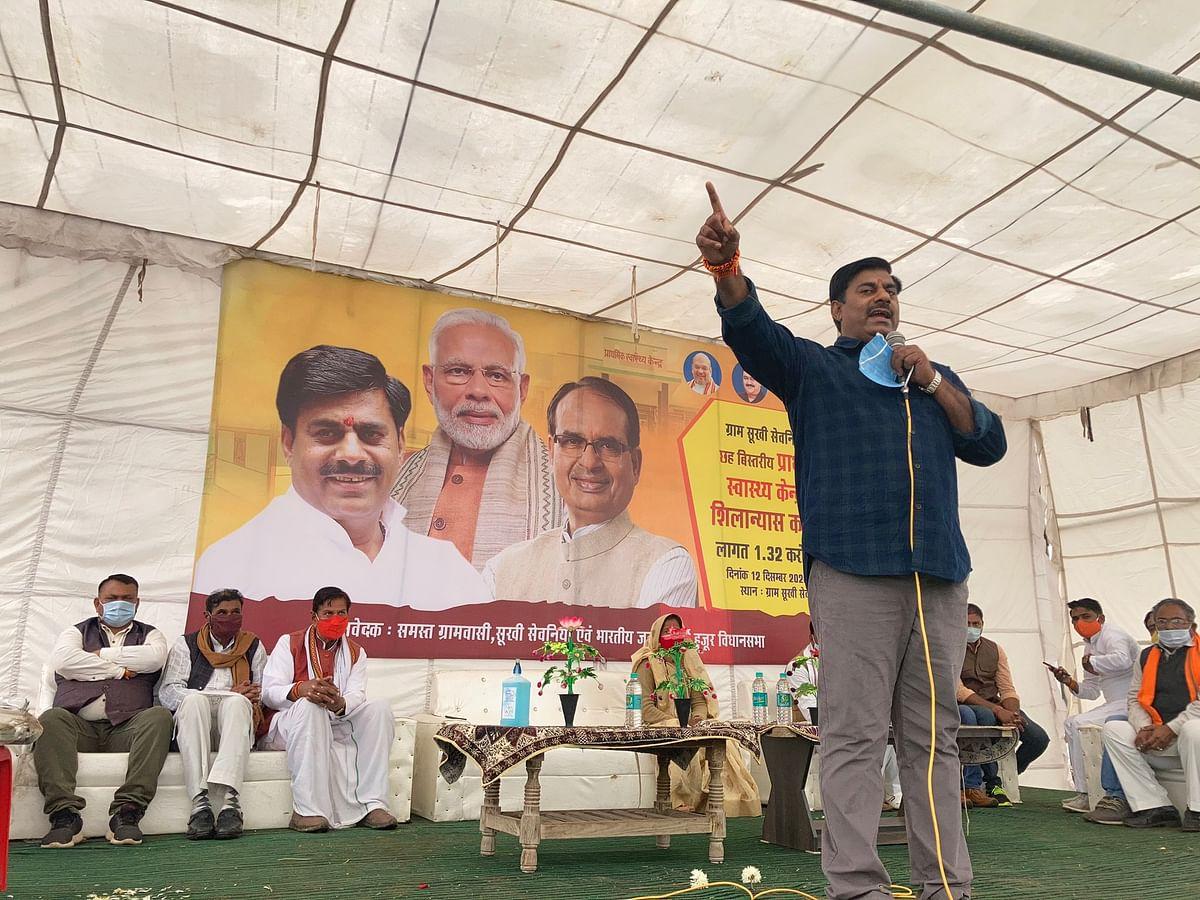 गंगा जल की तरह पवित्र है प्रधानमंत्री मोदी के निर्णय- रामेश्वर शर्मा