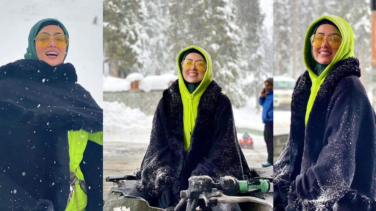 सना खान ने शेयर की हनीमून की तस्वीरें, शौहर संग बर्फ से खेलती आईं नजर