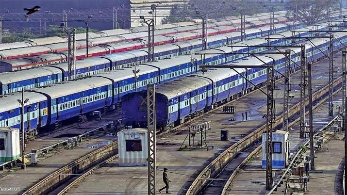 सभी रेल सेवा शुरू कर रेलवे ला सकता है कोरोना काल से पहले वाली स्थिति