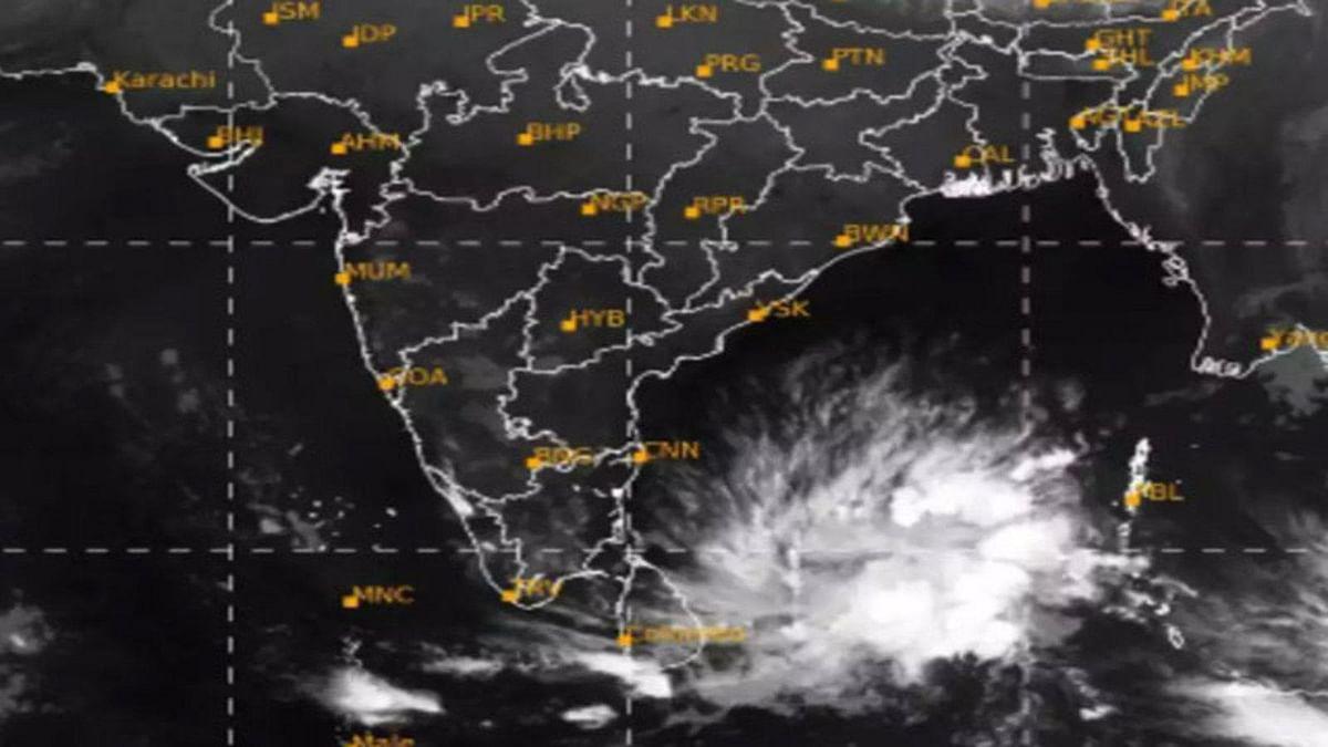 कोरोना काल में अब चक्रवाती तूफान 'बुरेवी' का संकट- अलर्ट किया जारी