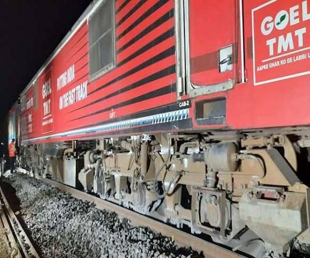 ओडिशा में हाथी के कारण ट्रेन हादसा: पुरी-सूरत एक्सप्रेस ट्रेन पटरी से उतरी