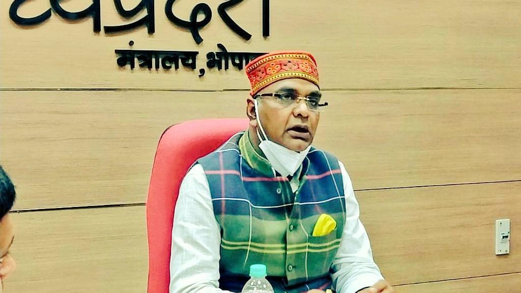सरकार के प्रयास के कारण संक्रमण की चेन को कम करने में हुए सफल: मंत्री सारंग