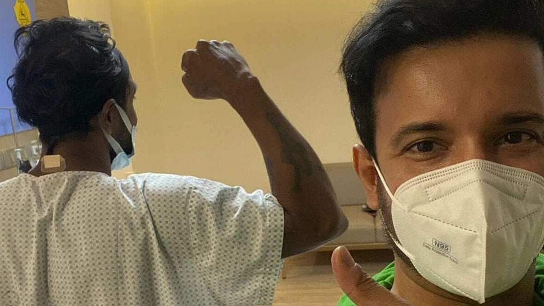 सामने आई अस्पताल से रेमो डिसूजा की तस्वीर, आमिर अली ने किया शेयर