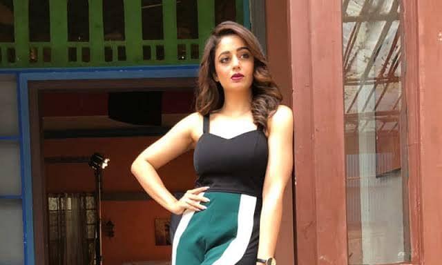 नेहा पेंडसे ने शुरू की 'भाभी जी घर पर हैं' की शूटिंग, शेयर किया वीडियो