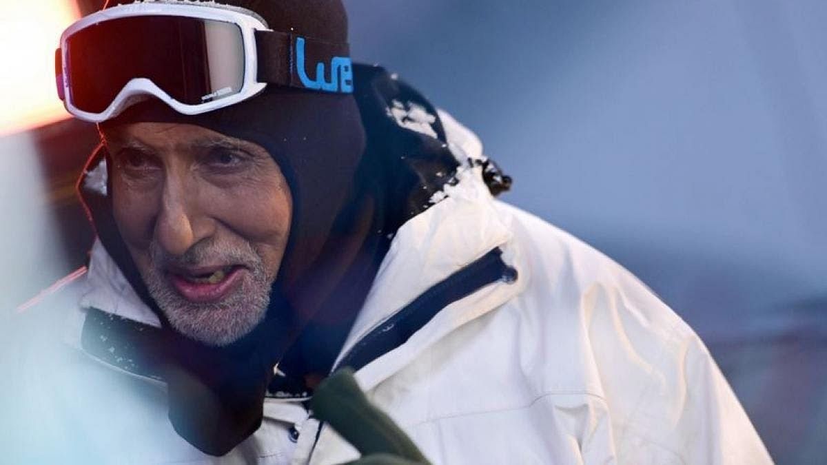 अमिताभ बच्चन ने शेयर की लद्दाख ट्रिप की फोटो, मस्ती करते आए नजर