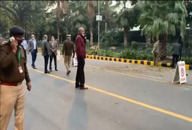 दिल्ली: भारत-इजरायल की दोस्ती की सालगिरह पर इजरायल दूतावास के पास बम धमाका
