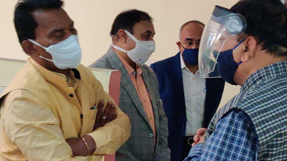 भोपाल: बोधि कार्यालय के निरीक्षण पर पहुंचे मंत्री सिलावट, जताई नाराजगी
