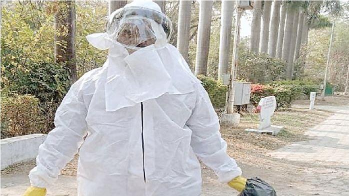 इंदौर : डेली कॉलेज में 13 कौवे और मरे, पूरा परिसर किया गया सैनिटाइज