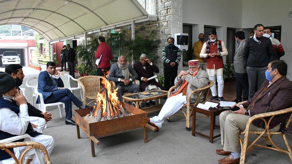 हरियाणा की खट्टर सरकार ने CM आवास पर मनाया लोहड़ी और खुशहाली की कामना की
