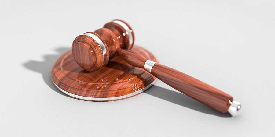 रेमडेसिविर इंजेक्शन को महंगे दामों पर बेचने वाले आरोपियों की जमानत खारिज