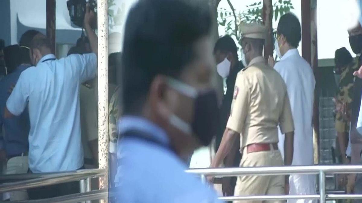 महाराष्ट्र: भंडारा अग्नि हादसे के बाद आज अस्पताल दौरे पर CM उद्धव ठाकरे