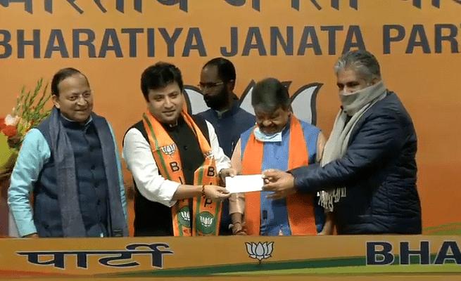 टूटता जा रहा तृणमूल कांग्रेस का कुनबा-अब अरिंदम भट्टाचार्य ने की BJP ज्वाइन