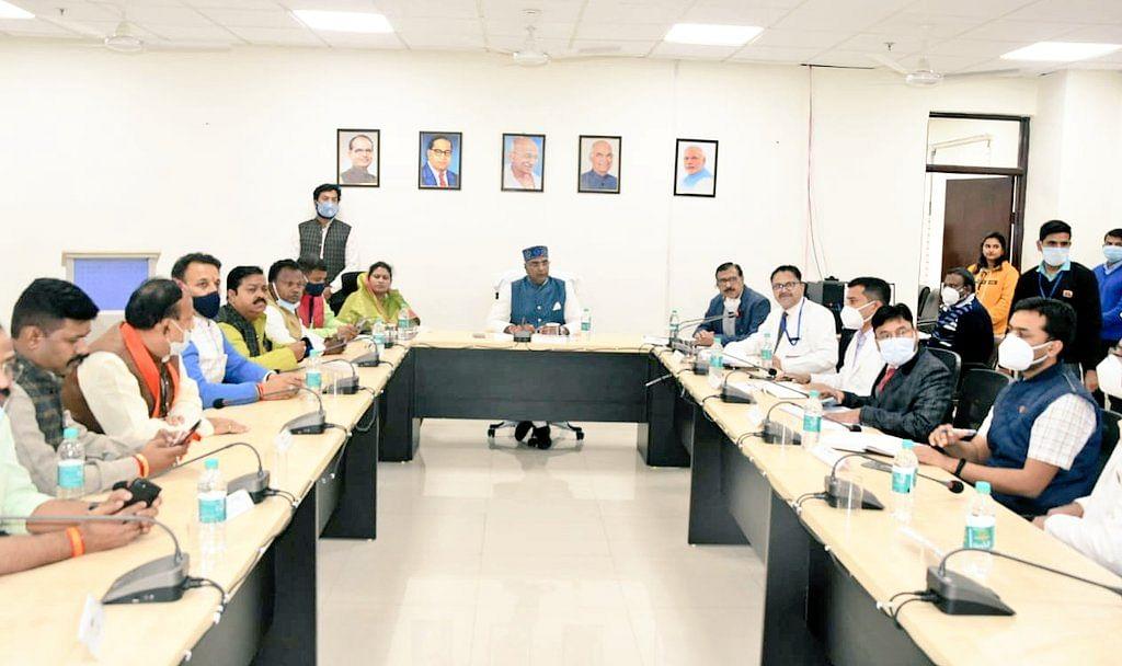 शहडोल : मंत्री ने टटोली प्रशासनिक व्यवस्थाओं की नब्ज