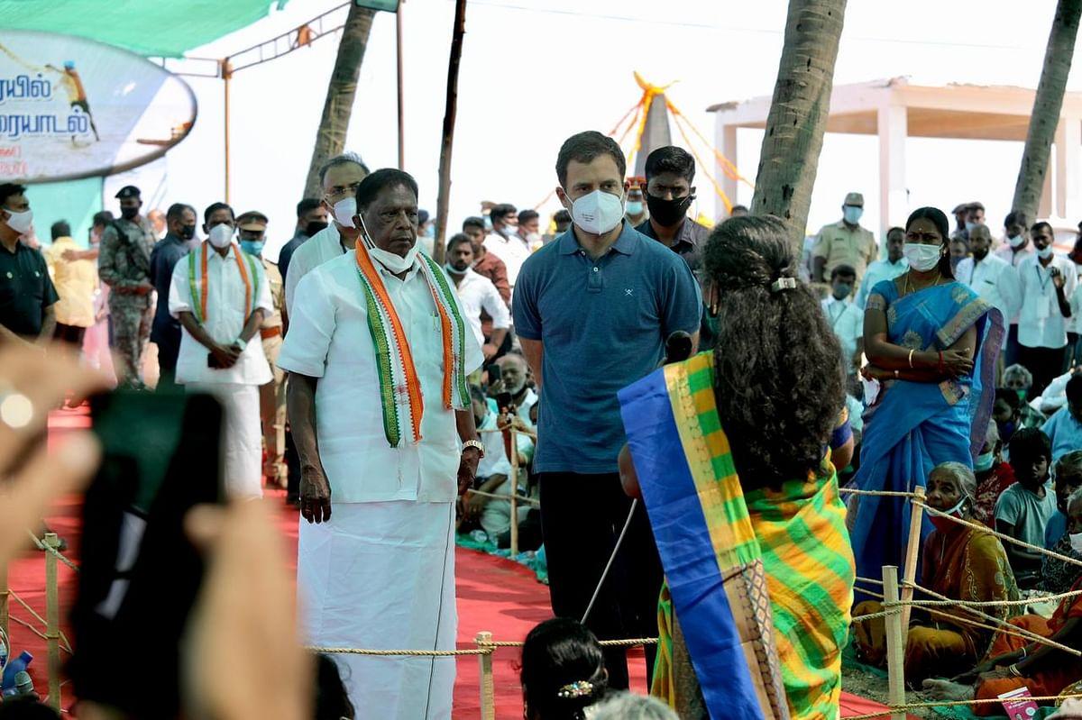 पुडुचेरी में राहुल, कहा-छोटे व मध्यम उद्योगों, किसानों पर हो रहा होलसेल अटैक