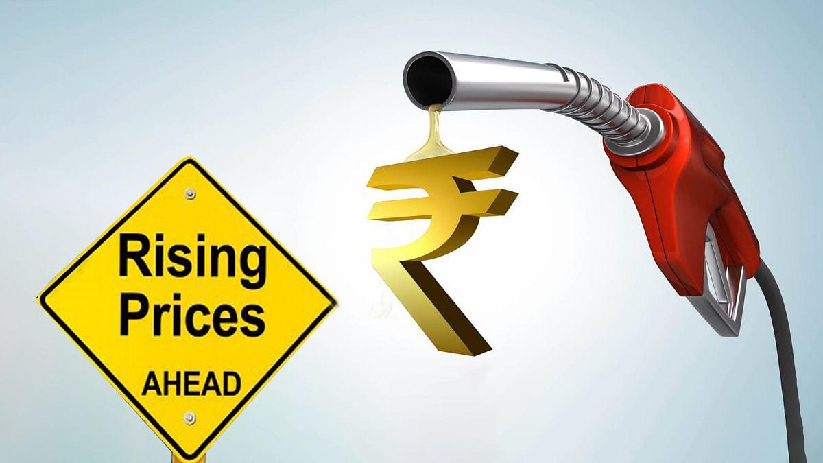 अक्टूबर में अब तक पेट्रोल 2.20 रुपये और डीजल 2.60 रुपये हो चुका महंगा