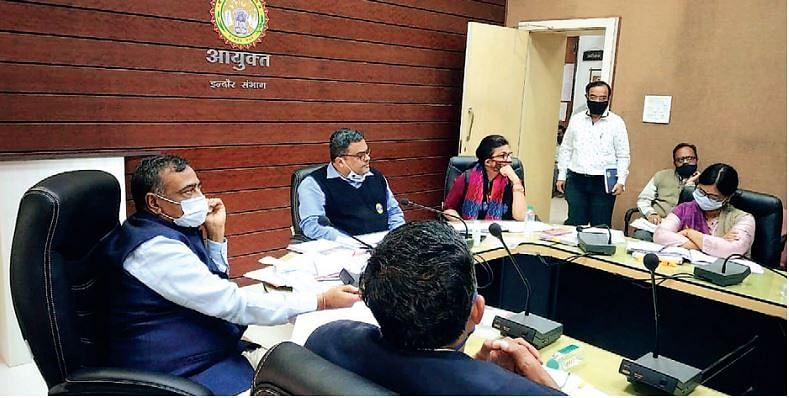 इंदौर : सुपर स्पेशिलिटी चिकित्सालय को पूर्ण रूप से शीघ्र प्रारंभ किया जाए