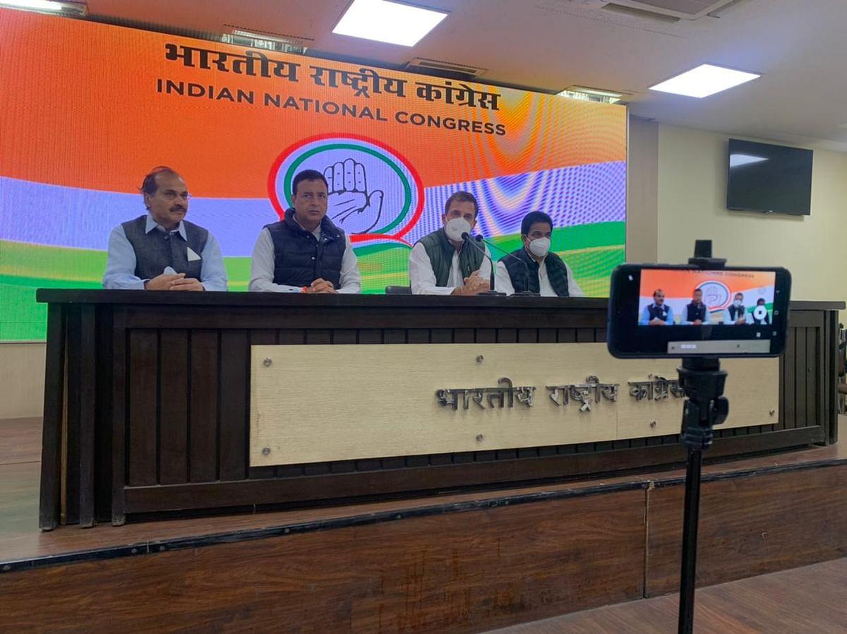 PM डरपोक हैं, वे हमारी सेना के जवानों के बलिदान पर थूक रहे हैं: राहुल गांधी
