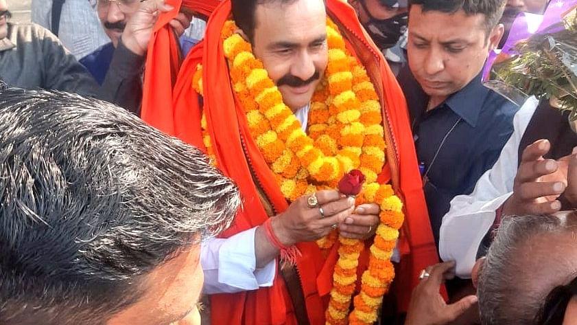 दो दिवसीय प्रवास पर पश्चिम बंगाल पहुंचे गृह मंत्री  मिश्रा, हुआ भव्य स्वागत