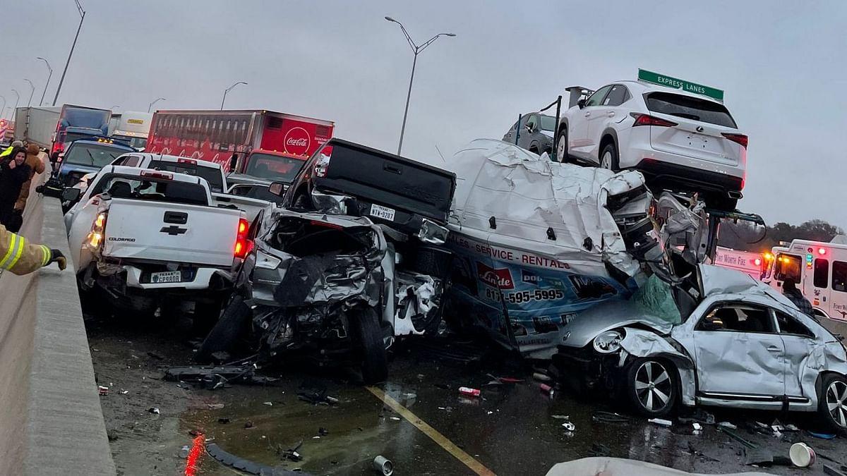 अमेरिका : टेक्सास में सड़क हादसा या किसी फिल्म का सीन