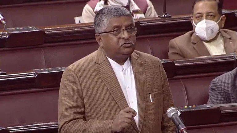 सोशल मीडिया प्लेटफार्म को देश के कानूनों को मानना होगा: रविशंकर