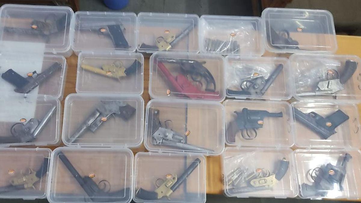 भोपाल पुलिस की बड़ी कार्रवाई: आरोपियों के पास से जब्त किए कई अवैध हथियार