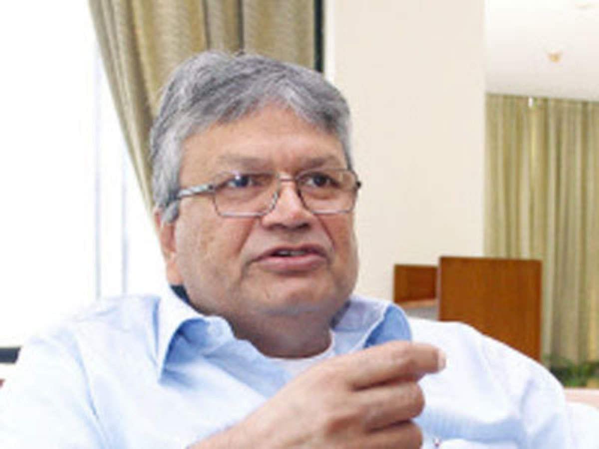 कांग्रेस का अध्यक्ष किसी बाहरी व्यक्ति को बनना चाहिए : असलम शेर खान