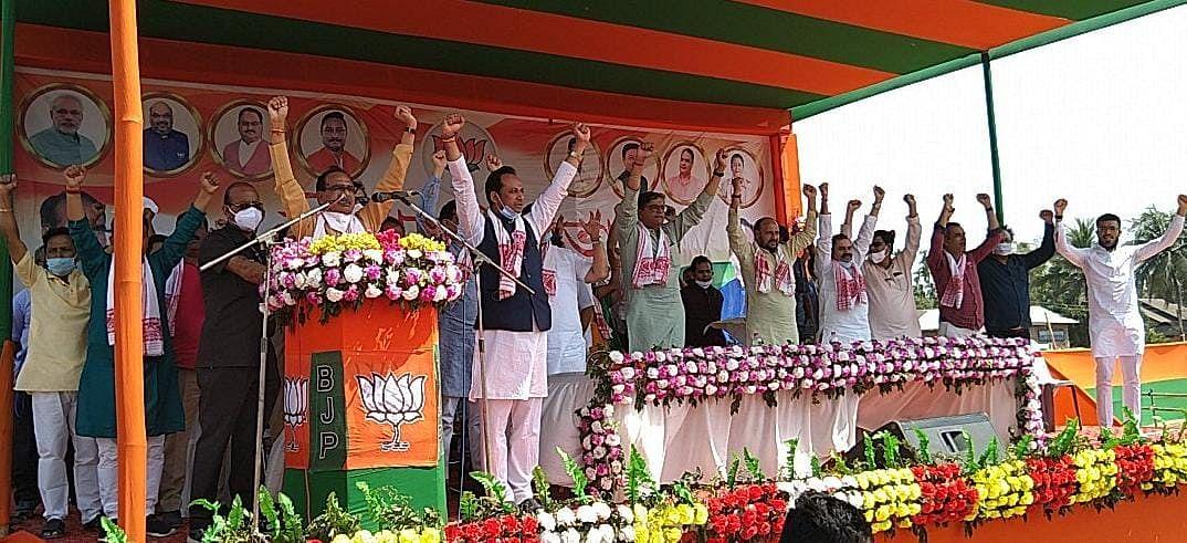 असम की चुनावी सभाओं में राहुल गांधी पर जमकर बरसे मुख्यमंत्री शिवराज सिंह