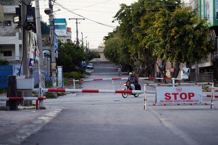 पाकिस्तान के पंजाब प्रांत में लॉकडाउन लगाया गया