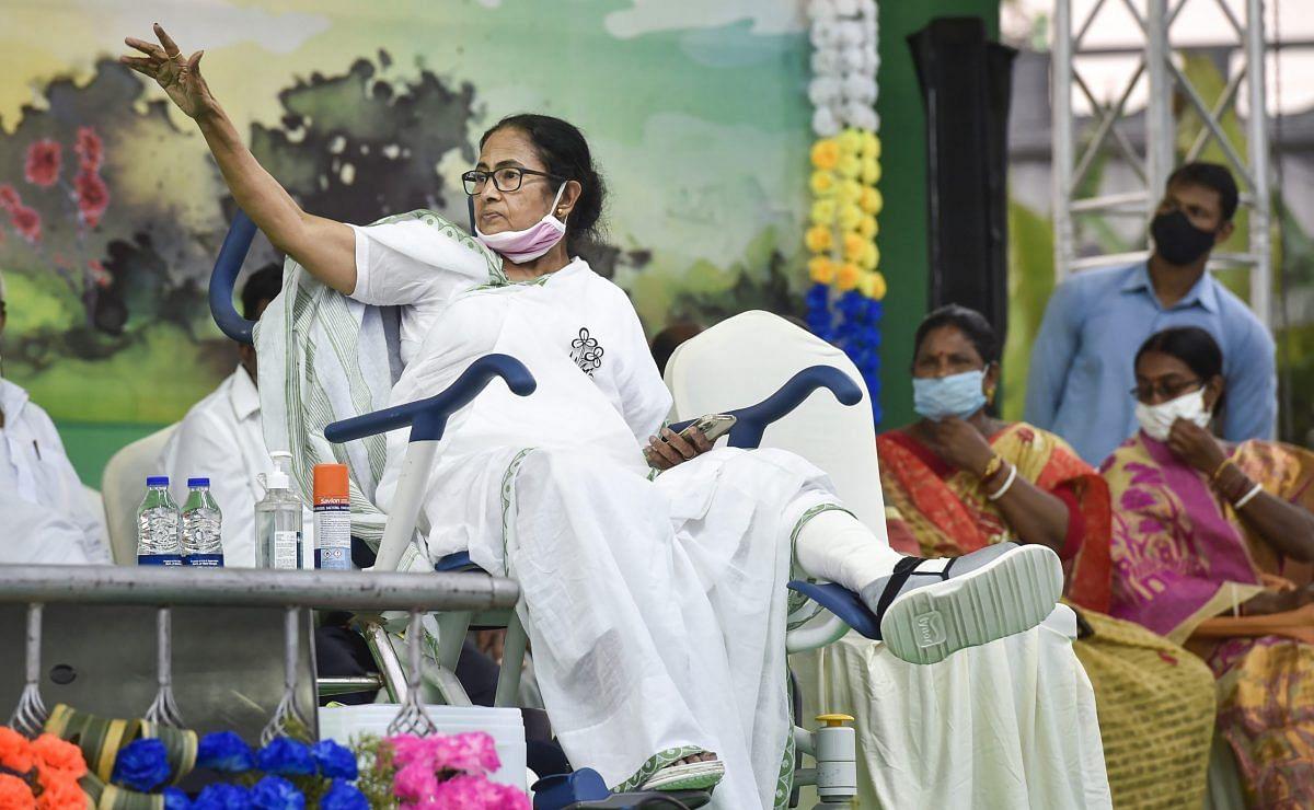 बंगाल में अब 'गौत्र पॉलिटिक्स' की एंट्री- BJP नेताओं के निशाने पर CM बनर्जी
