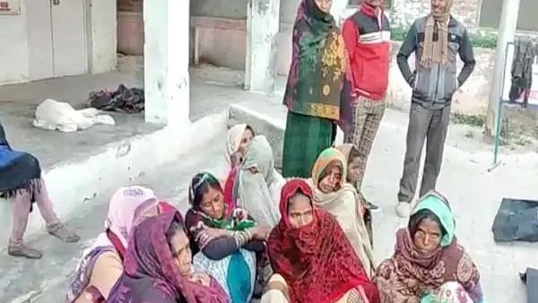 उत्तर प्रदेश: कानपूर में ट्रक पलटने से हुआ बड़ा हादसा, 6 लोगों की मौत