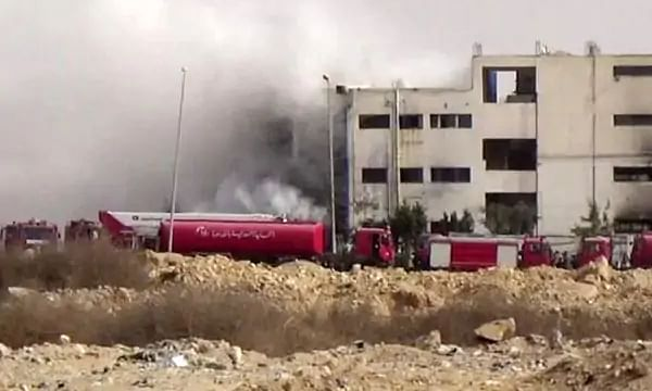अफ्रीका : मिस्र की कपड़ा फैक्ट्री में भीषण आग से 20 को गवानी पड़ी जान
