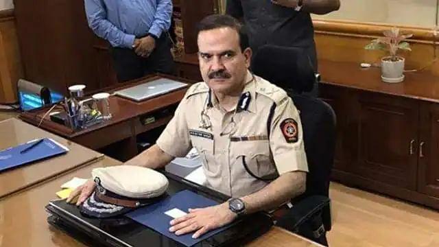 एंटीलिया मामला : मुंबई पुलिस के कमिश्नर परमबीर सिंह का हुआ ट्रांसफर