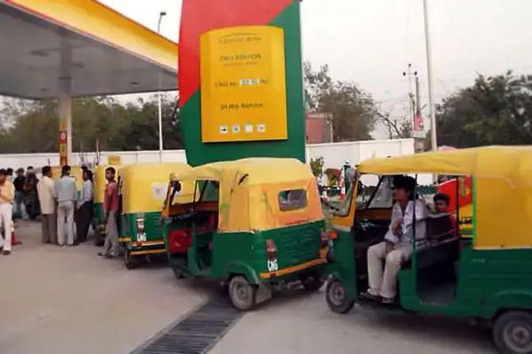 CNG-PNG Price : 13 दिन में दूसरी बार दिया CNG-PNG की कीमतों ने झटका