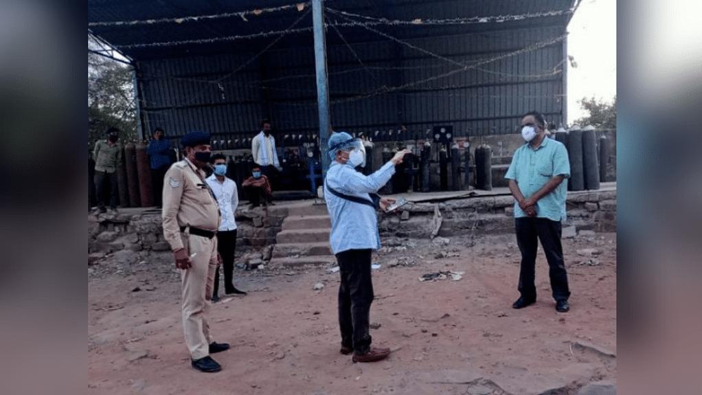 भोपाल: गोविंदपुरा क्षेत्र में प्रशासन का छापा, 700 ऑक्सीजन सिलेंडर किए जब्त
