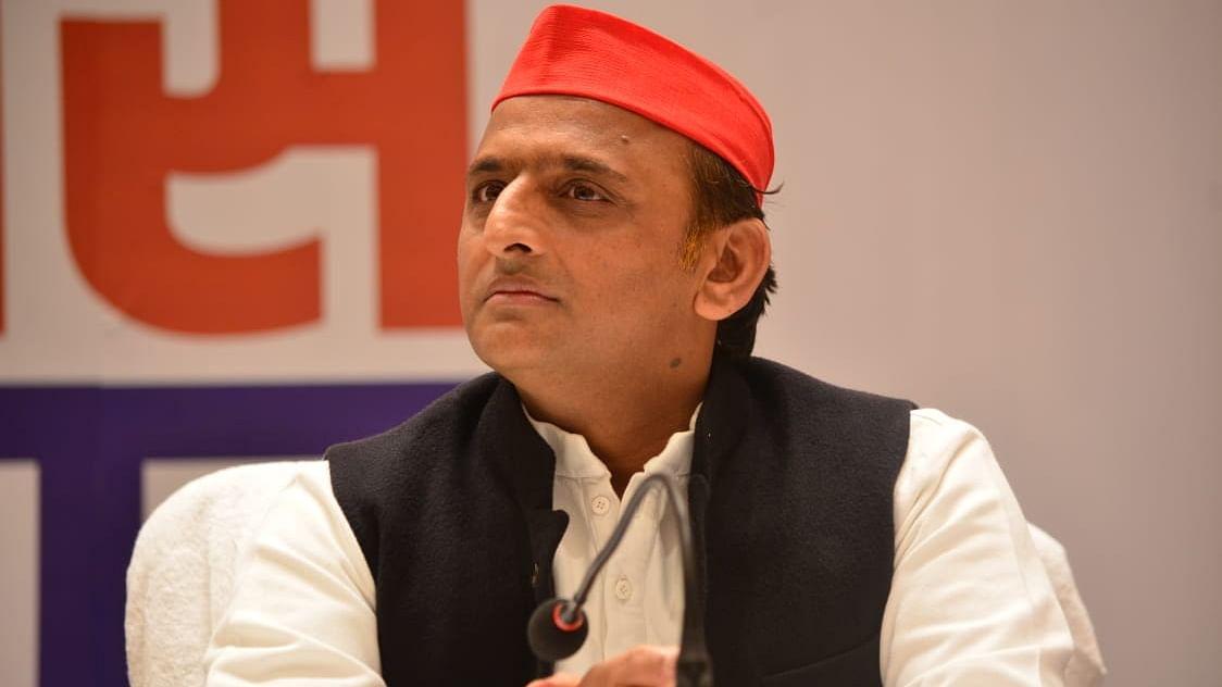 पंचायत सदस्यों को डरा धमका रही है भाजपा : अखिलेश