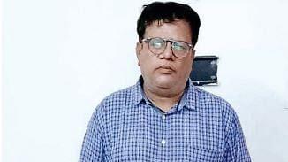 इंदौर : नकली रेमडेसिविर इंजेक्शन के साथ पकड़ाया डॉक्टर