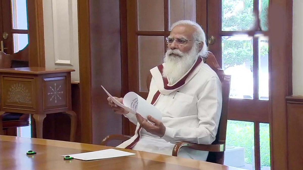 कोरोना से लड़ने PM मोदी का बड़ा कदम, दवा- ऑक्सीजन से हटाया आयात शुल्क