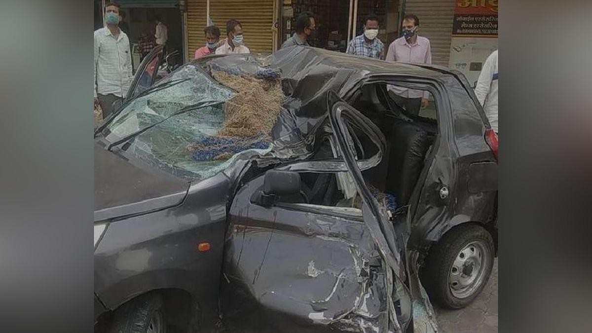 उज्जैन में हुआ हादसा: बिजली पोल से टकराई कार, हादसे में युवक की दर्दनाक मौत