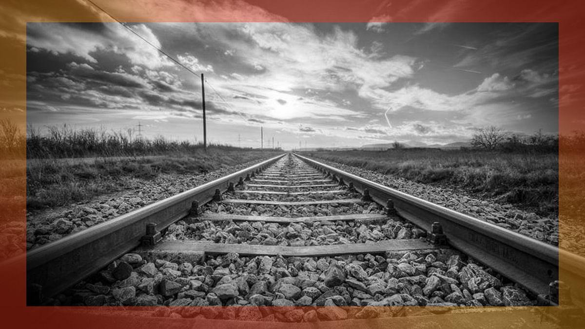 ट्रेनों के बंद होने को लेकर उठ रहे सवालों का मध्य रेलवे ने दिया जवाब