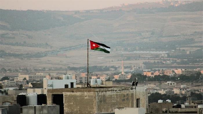 जॉर्डन में लॉकडाउन को हटाने का ऐलान, लागू रहेगा आंशिक रूप से कर्फ्यू