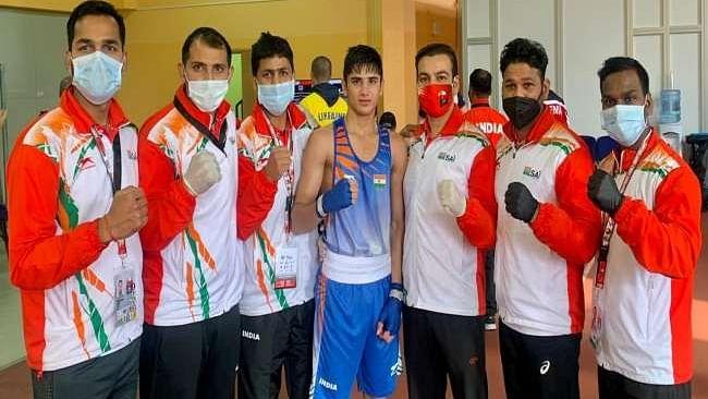 भारत ने 8 स्वर्ण सहित 11 पदकों के साथ युवा विश्व मुक्केबाजी का समापन किया