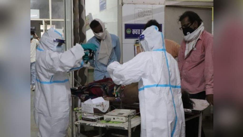 अशोकनगर: ऑक्सीजन नहीं मिलने से 3 की मौत, परिजनों ने लगाया ये गंभीर आरोप