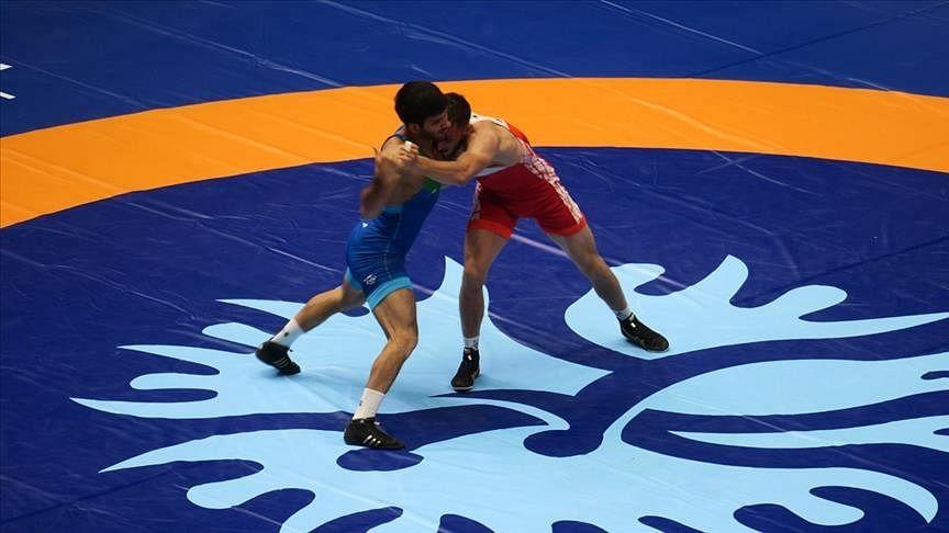 एशियाई कुश्ती प्रतियोगिता : रवि ने जीता स्वर्ण और बजरंग को रजत पदक