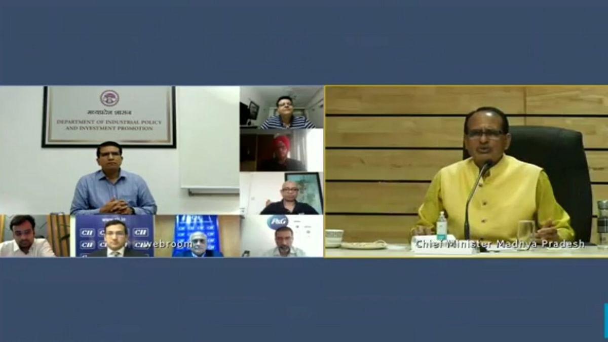 सीएम ने कॉर्पोरेट लीडर्स के साथ उनके कमर्चारियों के टीकाकरण हेतु की चर्चा