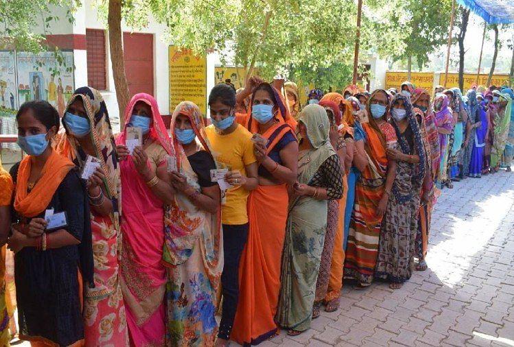 जौनपुर में 586 महिलाएं चुनी जाएंगी ग्राम प्रधान