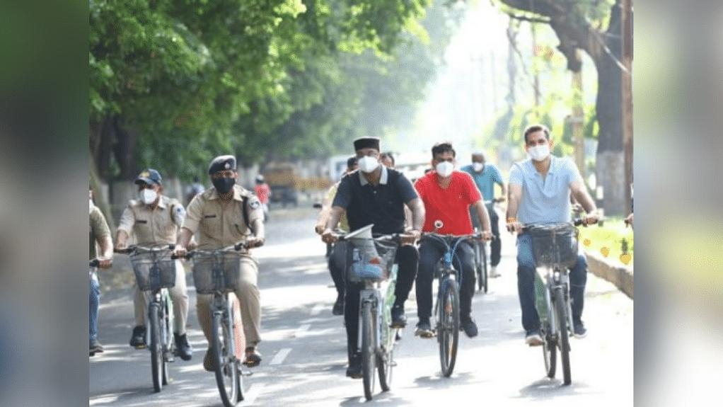 सड़कों पर मंत्री सारंग समेत अधिकारी स्मार्ट साइकिल लेकर निकले, देखी व्यवस्था