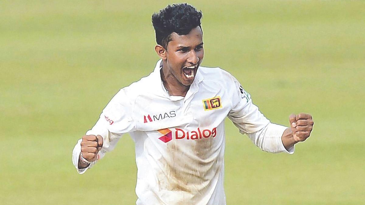 टेस्ट पदार्पण मे 11 विकेट ले के प्रवीण गेंदबाजी रैंकिंग में सीधे टॉप 50 में