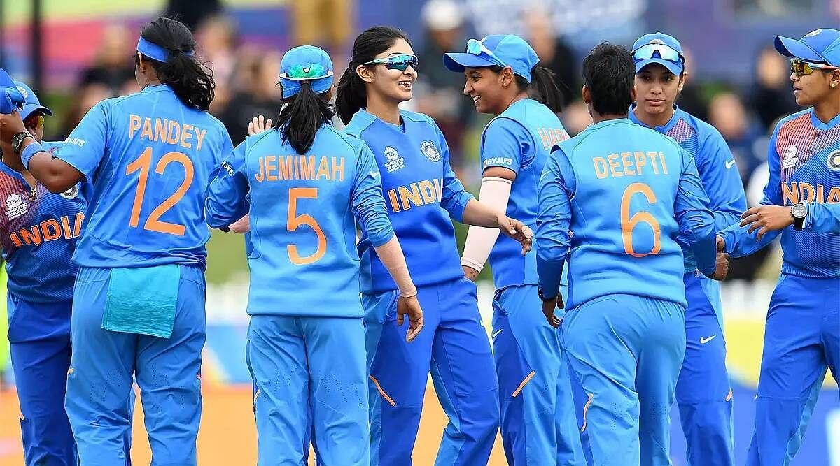 भारतीय महिला क्रिकेटरों के अनुबंध को लेकर अनिश्चितता