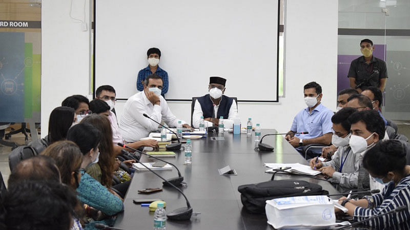 चिकित्सा शिक्षा मंत्री सारंग के साथ स्वयंसेवी संगठनों की हुई सार्थक चर्चा