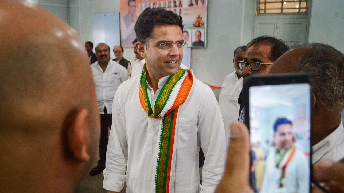 कांग्रेस के नए दांव से राजस्थान में सियासी हलचल तेज- दिल्ली दौरे पर पायलट